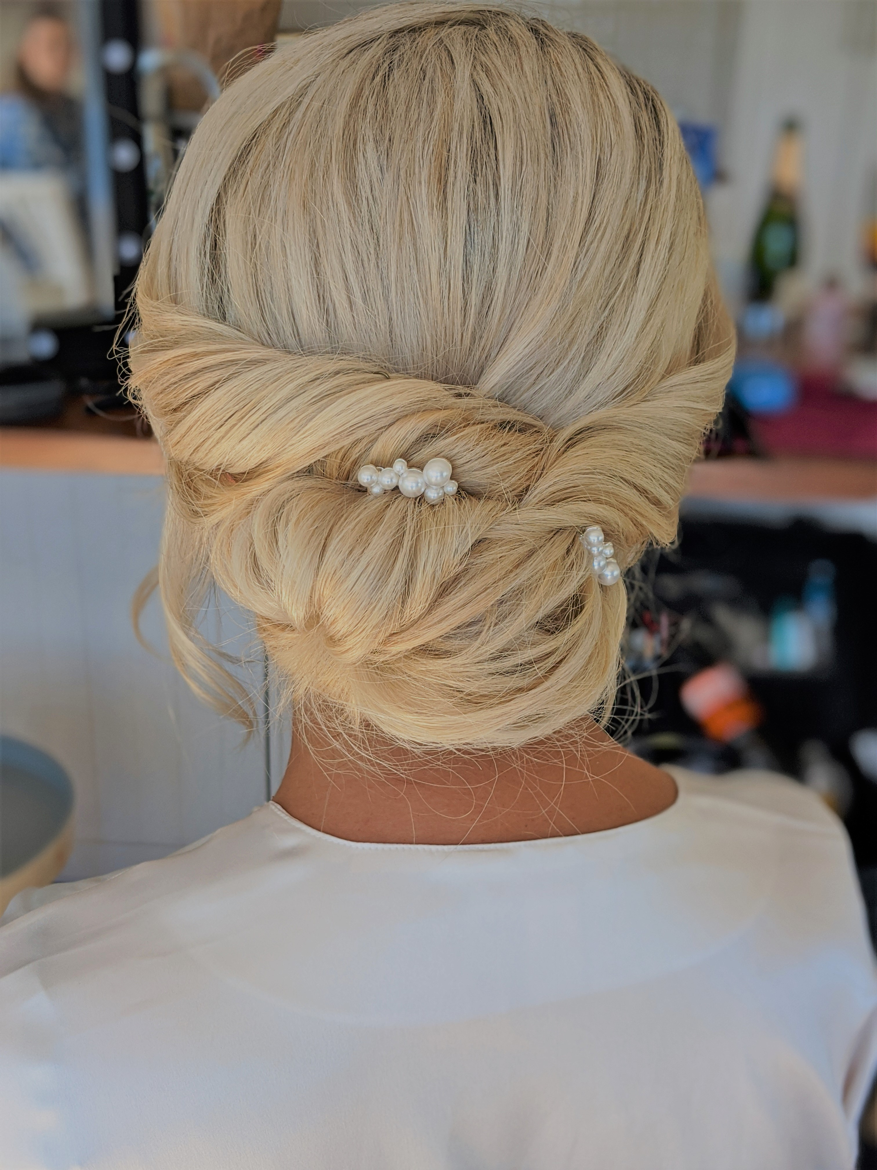 Hairstyling- Services image